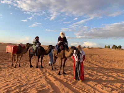 Reyes magos en el desierto de Marruecos